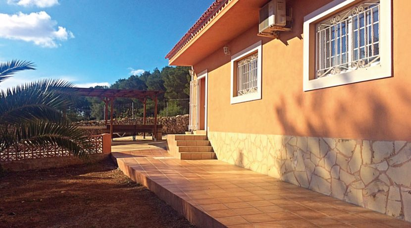 Seasonal-Rental-Ibiza-Can-Orange-