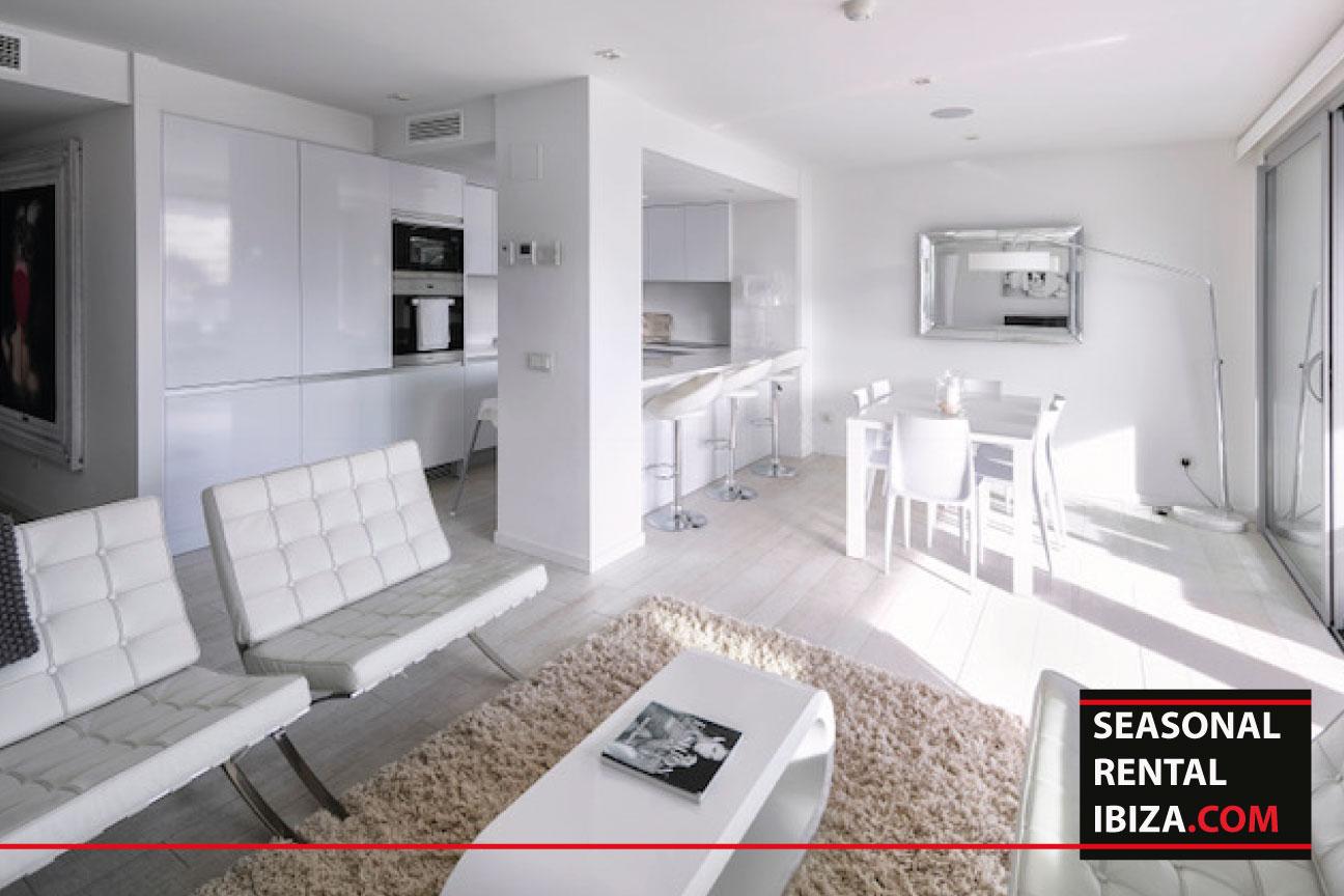 Apartment Tress White Angels