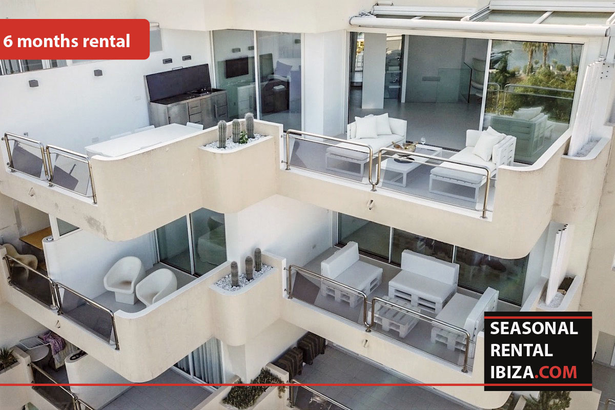 Seasonal rental ibiza Penthouse White Dream
