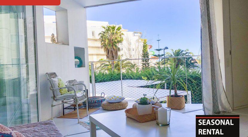 Seasonal rental Ibiza Patio Blanco En 4